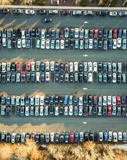 Thumb parking lot